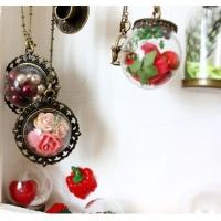Металлические украшения со стеклом