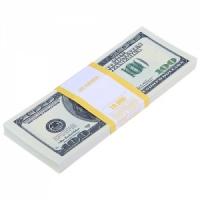Пачка купюр 100 долларов